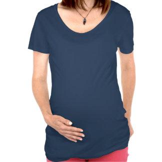 Hecho en la camiseta de maternidad de la bandera d