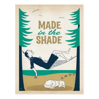 Hecho en la sombra tarjetas postales