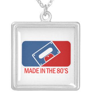 Hecho en los años 80 colgante cuadrado