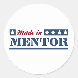 Hecho en mentor pegatina redonda