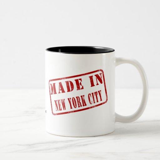 Hecho en New York City Taza Dos Tonos