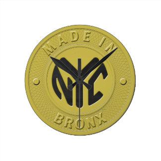 Hecho en Nueva York Bronx Reloj Redondo Mediano