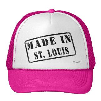 Hecho en St. Louis Gorros Bordados