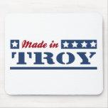 Hecho en Troy NY Tapete De Ratón