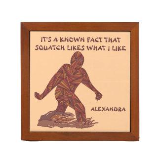 Hechos de Squatch de la diversión de Z Bigfoot Organizador De Escritorio