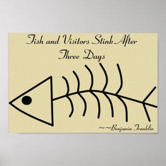 Hedor de los pescados y de los visitantes después  póster