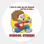 Hedores de la escuela pegatina redonda