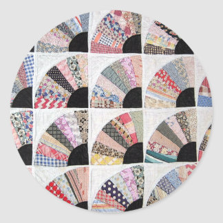 Heirloom Quilt Sticker! Classic Round Sticker