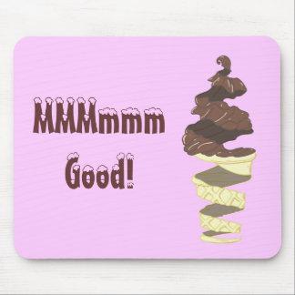 Helado de chocolate con una torsión alfombrilla de raton