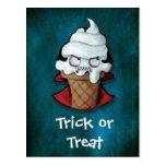 Helado lindo dulce del vampiro tarjetas postales
