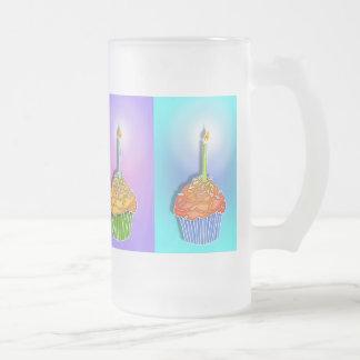 Helado, tazas - magdalenas del cumpleaños