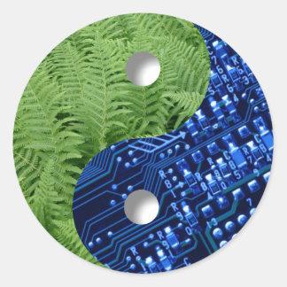 helechos y chip de ordenador pegatinas redondas