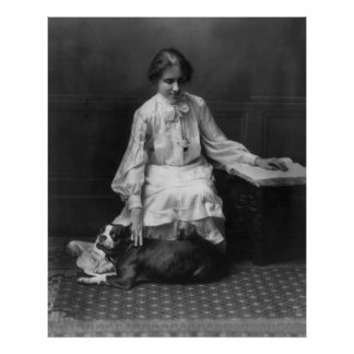 Helen Keller que lee a Braille, 1904 Posters