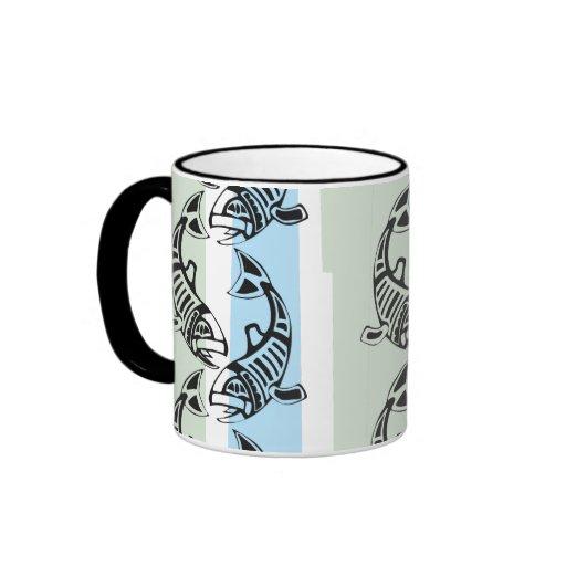 Hélice de pescados tazas de café
