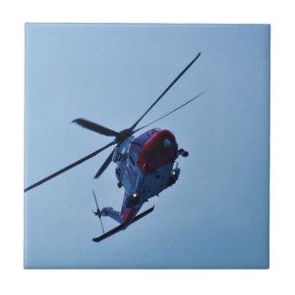 Helicóptero BRITÁNICO del guardacostas Azulejo Cuadrado Pequeño