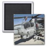Helicóptero de ataque estupendo de la cobra de imán cuadrado