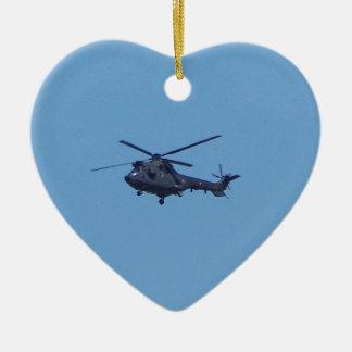 Helicóptero de los militares del puma de Westland Adorno Navideño De Cerámica En Forma De Corazón