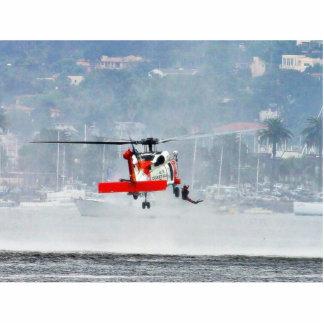 Helicóptero del guardacostas fotoescultura vertical