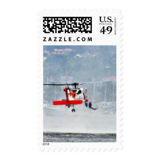 Helicóptero del guardacostas franqueo