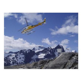 Helicóptero en la postal de Juneau Icefield