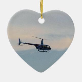Helicóptero rojo y blanco R44 Adorno Navideño De Cerámica En Forma De Corazón