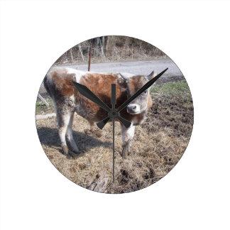 Hello Mister Bull Round Wallclock
