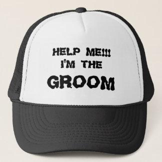 HELP ME!!! I'M THE GROOM HAT