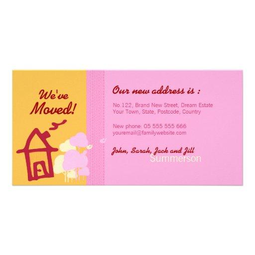 Hemos movido la tarjeta anaranjada y rosada de la  tarjetas con fotos personalizadas