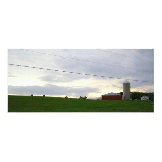 """Heno grande del cielo de la granja de la tarde de invitación 4"""" x 9.25"""""""