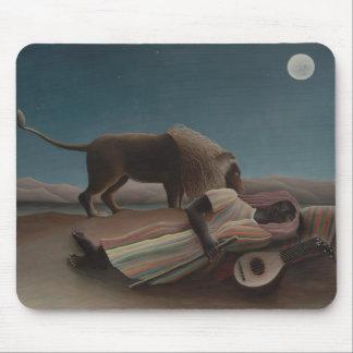 Henri Rousseau - el gitano durmiente Alfombrillas De Raton