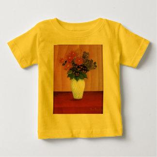 Henri Rousseau's Bouquet of Flowers (circa 1900) Tshirt