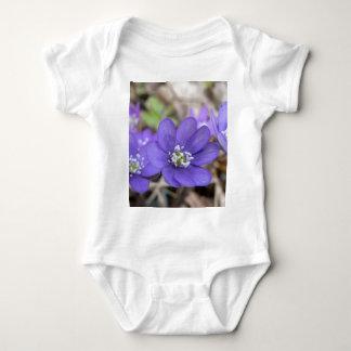 Hepatica Nobil T-shirts