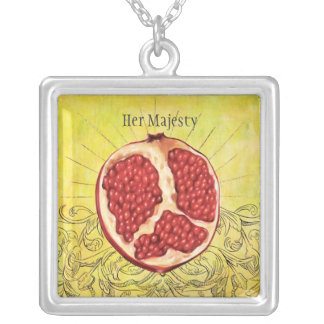 Her Majesty Square Pendant Necklace