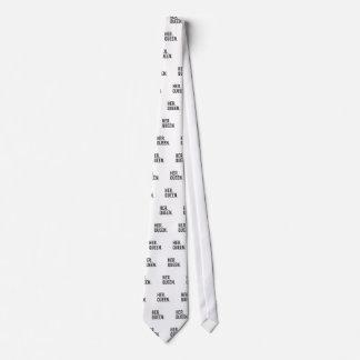 Her Queen Tie