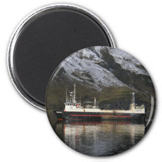 Herencia, pescando el barco rastreador en puerto h imanes
