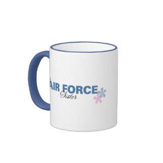 Hermana de la fuerza aérea taza de dos colores