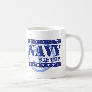 Hermana de la marina de guerra taza clásica