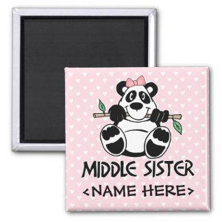 Hermana del centro del chica de la panda imán cuadrado