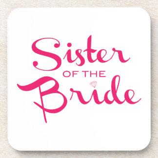 Hermana del rosa de la novia en blanco posavasos de bebidas