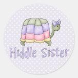 Hermana en colores pastel del centro de la tortuga etiqueta redonda
