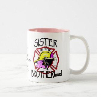 Hermana en taza de la fraternidad