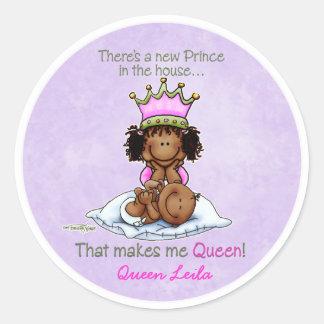 Hermana grande afroamericana del príncipe pegatina redonda