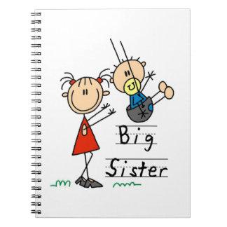 Hermana grande con los regalos de pequeño Brother Libretas