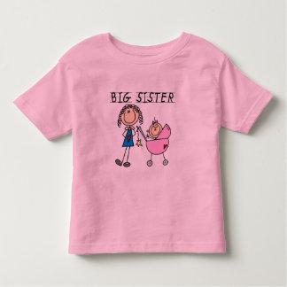 Hermana grande con pocas camisetas del SIS Polera