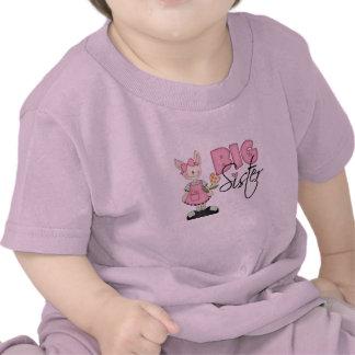 Hermana grande del conejito del país rosa camiseta