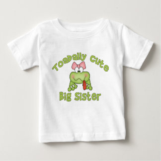Hermana grande linda de Toadally T Shirts