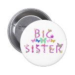 Hermana grande, mariposas y botón de las flores pin