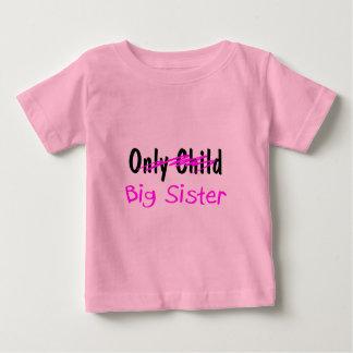 Hermana grande tee shirt