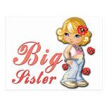 Hermana grande y flores tarjetas postales