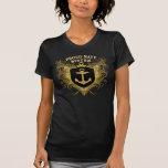 Hermana orgullosa de la marina de guerra camisetas